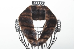 faux-fur-collar
