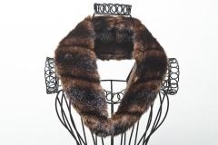 faux-fur-collar